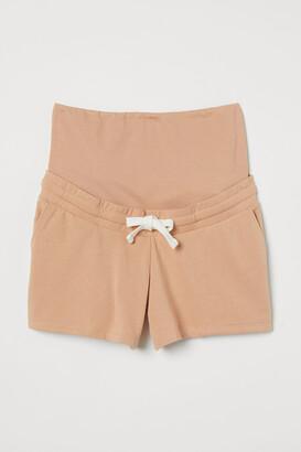 H&M MAMA Sweatshirt shorts