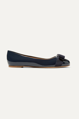 Salvatore Ferragamo Varina Bow-embellished Patent-leather Ballet Flats - Midnight blue