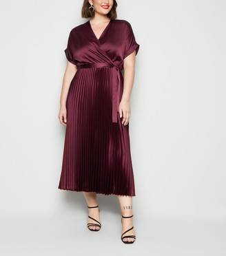 New Look Curves Satin Pleated Midi Dress
