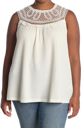 Forgotten Grace Texture Crochet Illusion Neck Sleeveless Knit Blouse (Plus Size)