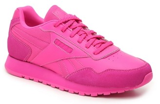 womens pink athletic shoes