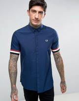 Fred Perry Short Sleeve Oxford Shirt With Striped Cuff in Navy