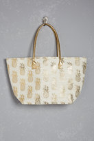 Forever 21 FOREVER 21+ Shiraleah Metallic Pineapple Tote