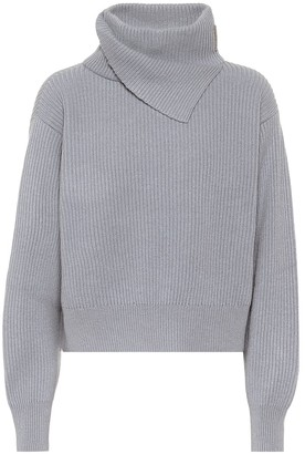Brunello Cucinelli Cshmere turtleneck sweater