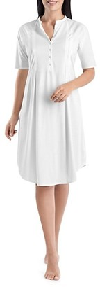 Hanro Cotton Deluxe Short-Sleeve Night Gown
