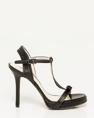 Le Château Italian-Made Leather T-Strap Sandal