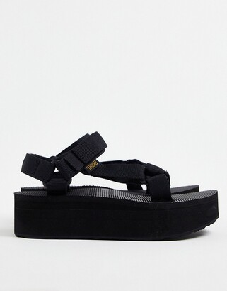 Teva flatform universal chunky sandals in black