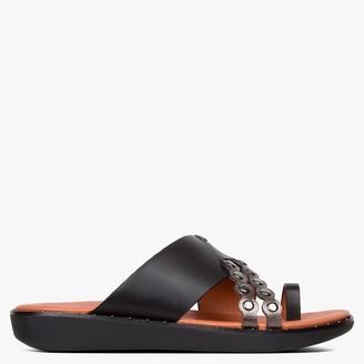 FitFlop Scallop Embellished Black Leather Toe Loop Sandals