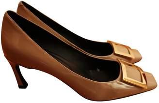 Roger Vivier Belle Vivier Grey Leather Heels