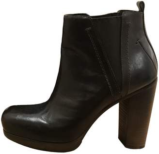 CNC Costume National \N Brown Leather Ankle boots
