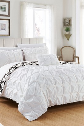 Queen Aera Pleated Pintuck and Printed Reversible with Elephant Embroidered Pillow Duvet Cover 4-Piece Set - White