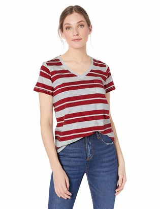 Pendleton Women's V-Neck Pocket Tee