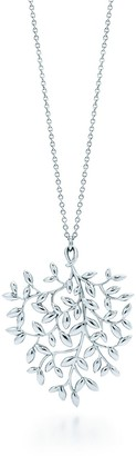 Tiffany & Co. Paloma Picasso Olive Leaf pendant in sterling silver, large