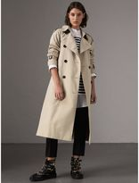 Burberry The Westminster - Extra-long Trench Coat , Size: 04, Beige