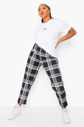boohoo Plus Grid flannel Slim Fit Trouser