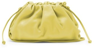 Bottega Veneta The Pouch Small Leather Clutch - Green