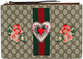 Gucci embroidered GG Supreme clutch bag - women - Cotton/Leather - One Size