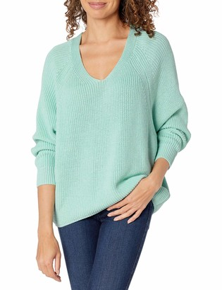 b new york Women's Recycled Long Sleeve Shaker Stitch V Neck Sweater