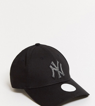 New Era Exclusive 9Forty cap in black with rhinestone NY