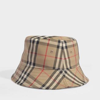 Burberry Trucker Hat In Archive Beige Cotton