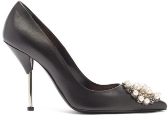 Alexander McQueen Faux-pearl Embellished Leather Pumps - Black Silver