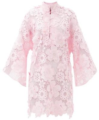 La Vie Style House - No. 487 Guipure-lace Kaftan - Light Pink