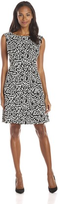 Adrianna Papell Women's Knit Fit and Flare Graphic Dress