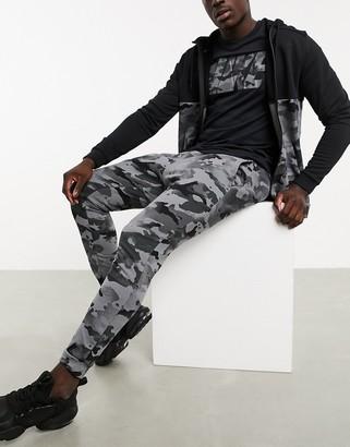 Nike Training dry sweatpants in gray camo