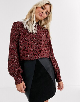 New Look high neck blouse in red pattern