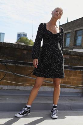 Urban Outfitters Saskia Floral Tea Dress