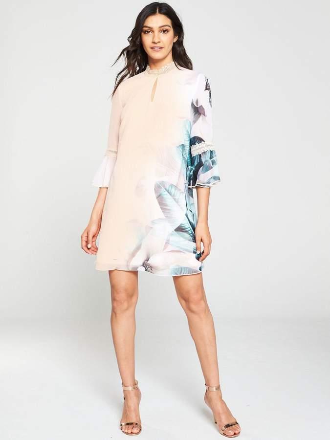 93f2bdd7ddd1c Little Mistress Print Shift Dresses - ShopStyle UK