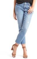 Gap Washwell mid rise best girlfriend jeans