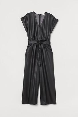 H&M Imitation leather jumpsuit