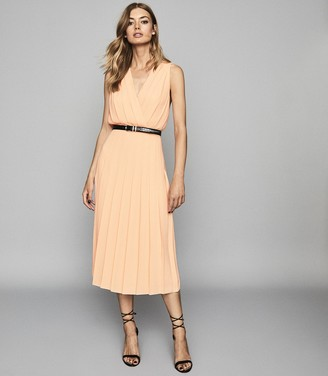 Reiss MARIONA PLEATED MIDI DRESS Nude