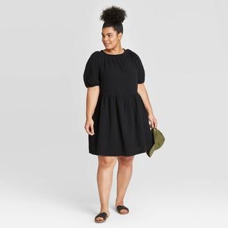 Universal Thread Women's Plus Size Short Sleeve Smocked Gauze Dress - Universal ThreadTM