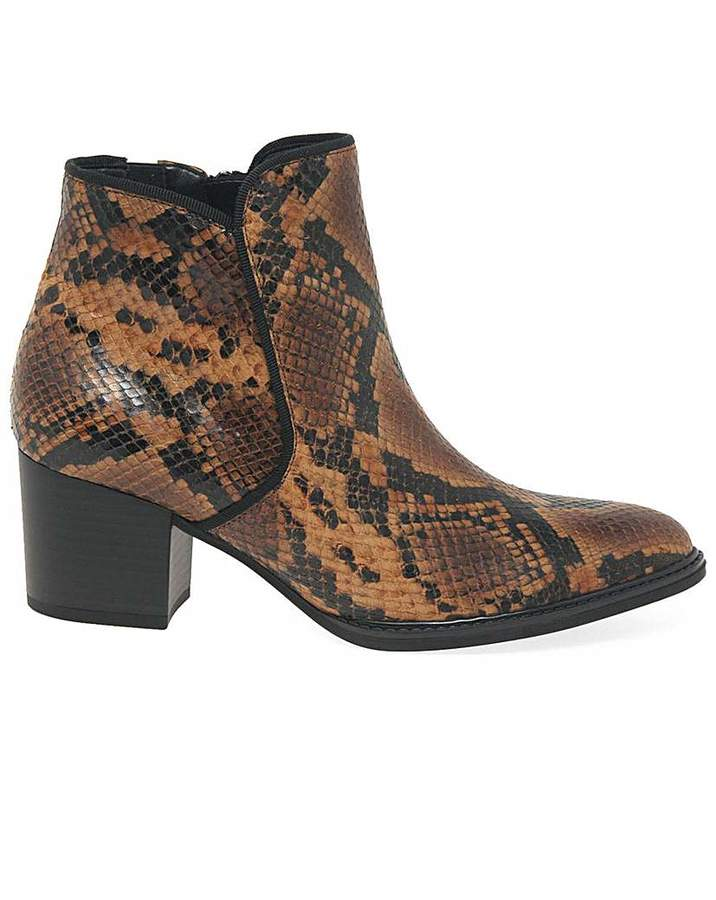 4ea3640fd0d Robina Wide Fit Ankle Boots