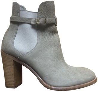 Louis Vuitton Beige Leather Ankle boots