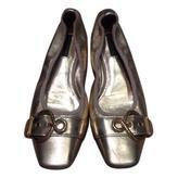 Louis Vuitton Gold Leather Ballet flats