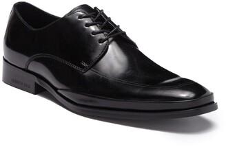 Kenneth Cole Design Lace-Up Shoe