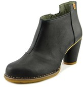 El Naturalista Colibri Women Round Toe Leather Black Bootie.