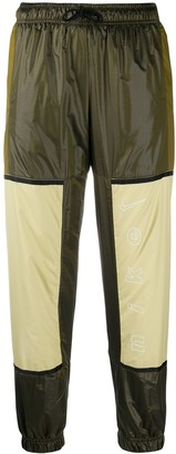 Nike NSW woven trousers