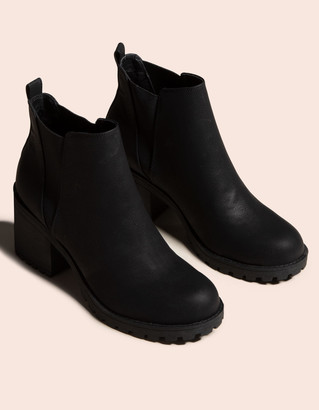Chinese Laundry Lisbon Womens Boots