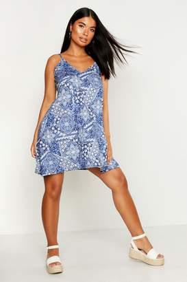 boohoo Petite Paisley Print Swing Dress