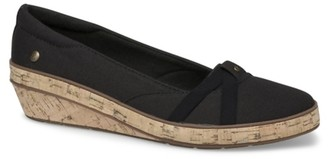 Grasshoppers Gigi Wedge Pump