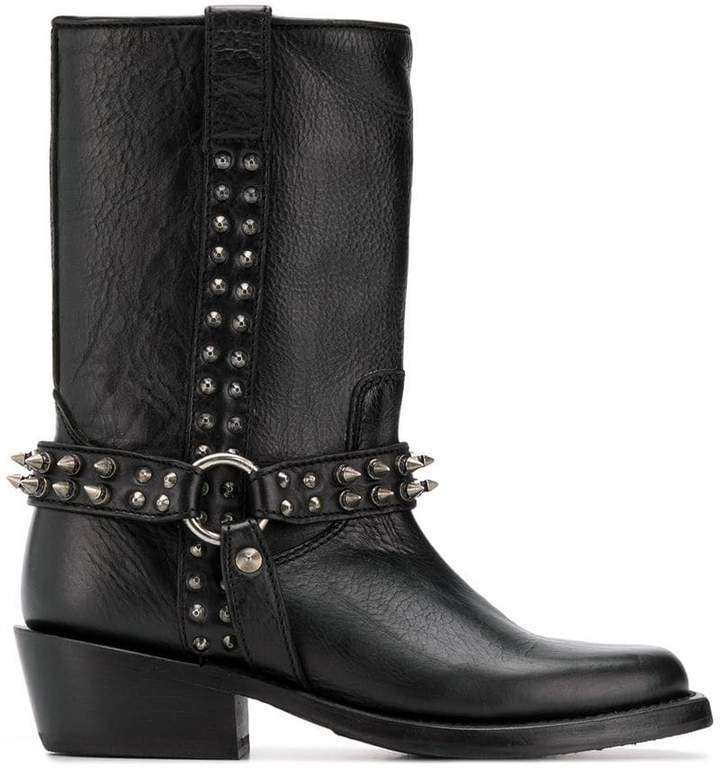 Ash Nelson boots