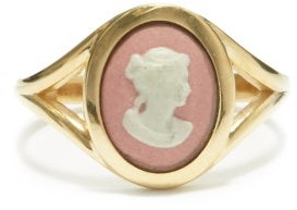 Ferian - Profile Wedgwood Cameo & 9kt Gold Signet Ring - Pink White