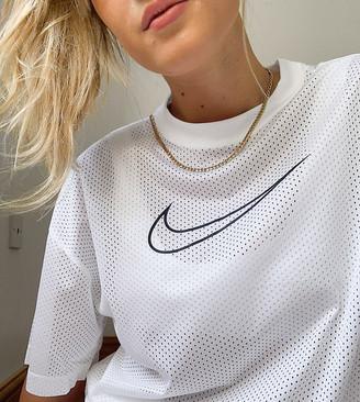 Nike swoosh t-shirt in white