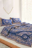 Urban Outfitters Plum & Bow Effie Medallion Comforter