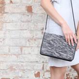 Aura Que Leather Rati Clutch With Detachable Strap
