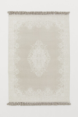 H&M Tasseled Cotton Rug